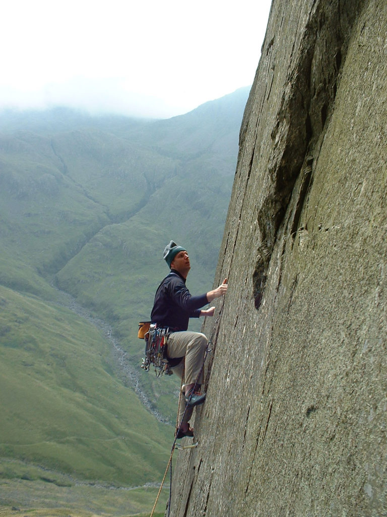 Andy on Innominate Crack (VS), Kern Knotts, Great Gable